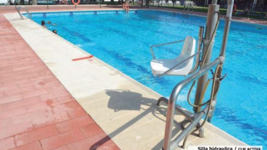 Silla hidráulica para piscina