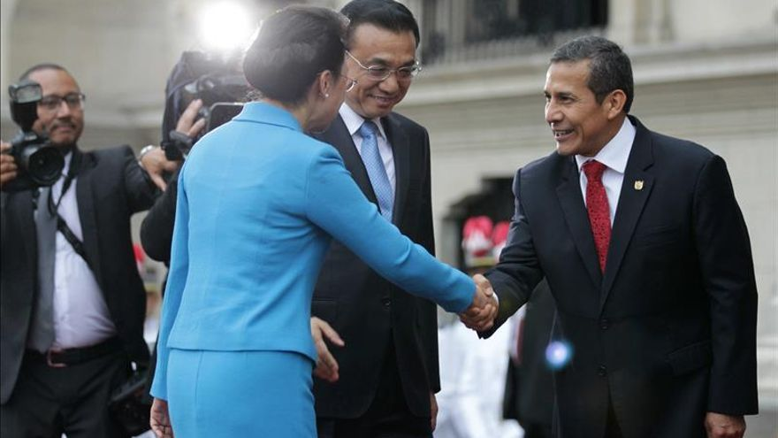 El primer ministro chino impulsa el proyecto del tren interocéanico en Perú