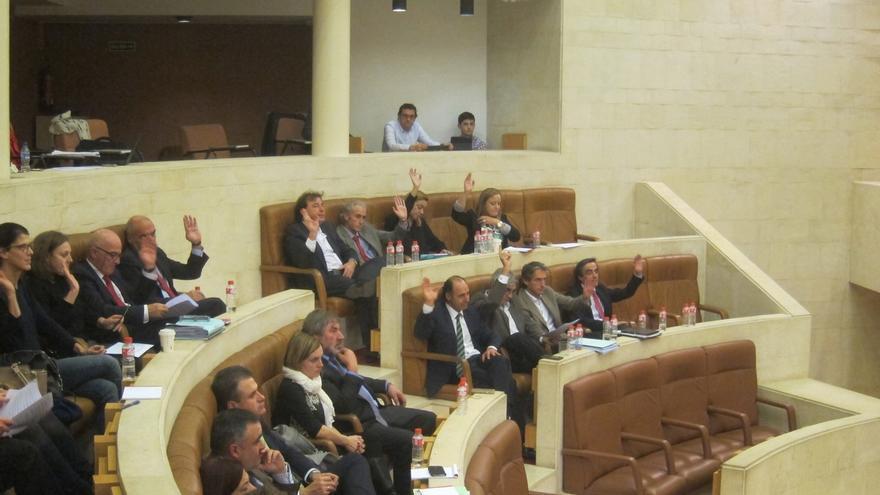 La primera jornada de debate concluye con el rechazo de las cerca de 180 enmiendas de la oposición votadas