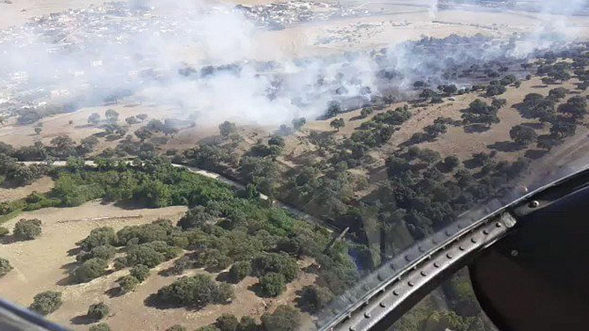 Incendio de pastos en la Campiñuela