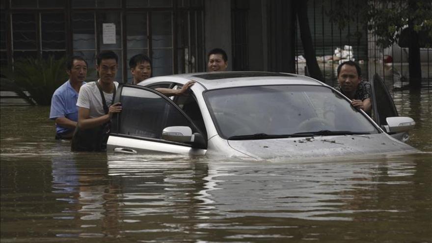 Trece muertos y un millón de afectados en China por tormentas e inundaciones
