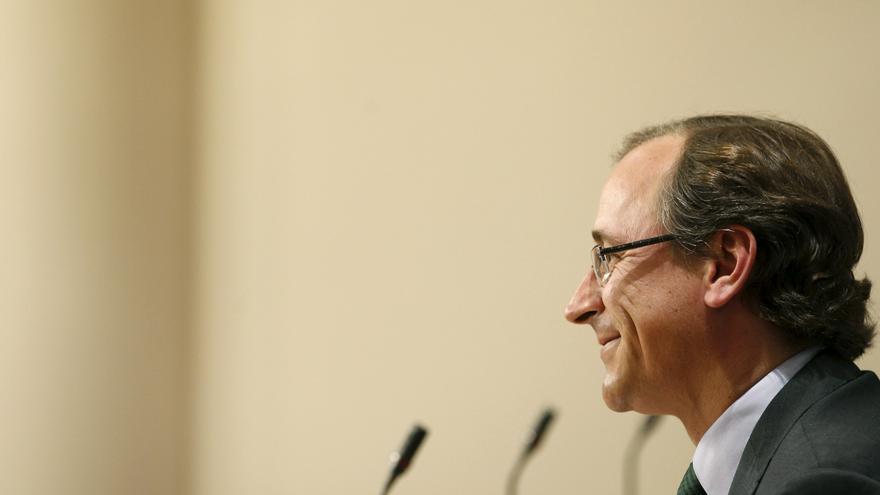 El Gobierno busca que los clientes de preferentes recuperen el 100 por cien de lo invertido