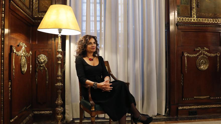 La ministra de Hacienda, María Jesús Montero, en la sede del Ministerio