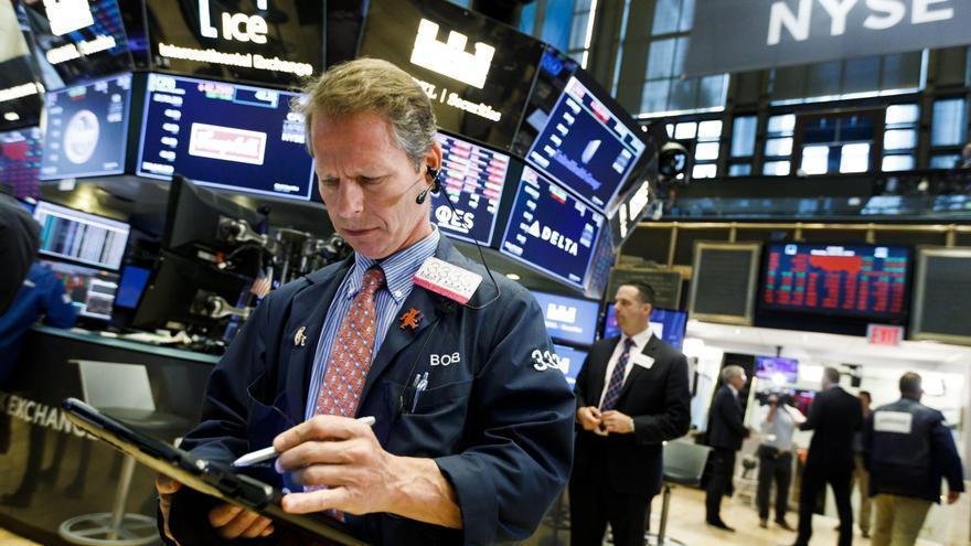 Wall Street cierra mixto al inicio de mayo y el Dow Jones sube un 0,70 %