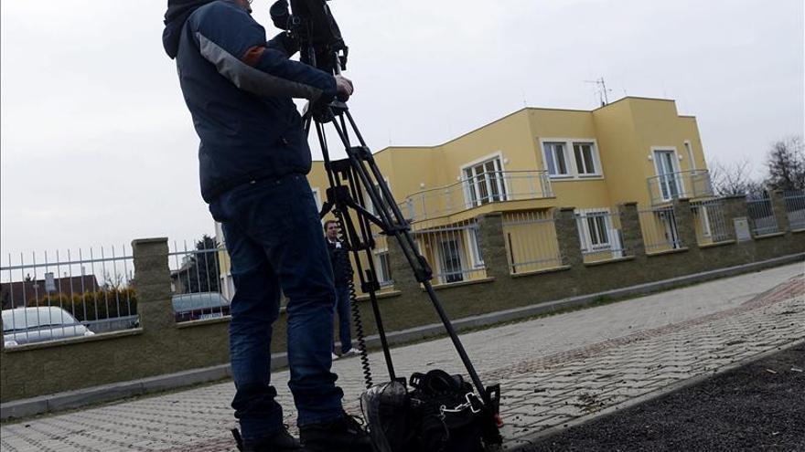 Praga no ve indicios terroristas en la explosión que mató al embajador palestino