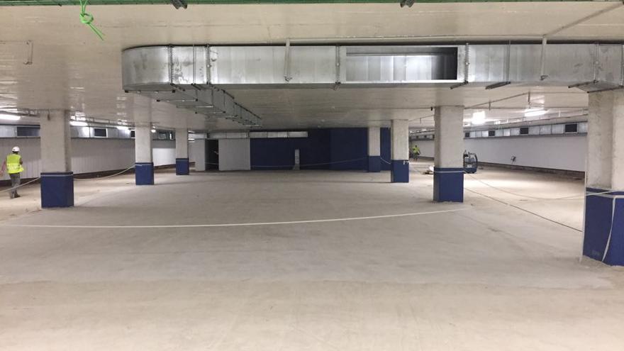 Interior del aparcamiento de la plaza Ciudad de Brujas