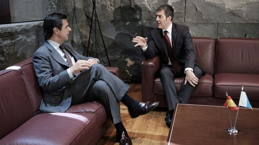 Reunión entre José Manuel Soria y Fernando Clavijo