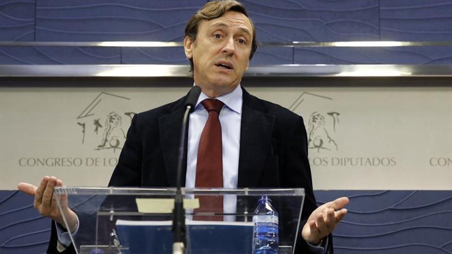 Limitar el tráfico de vehículos por matrículas, una medida inédita en España