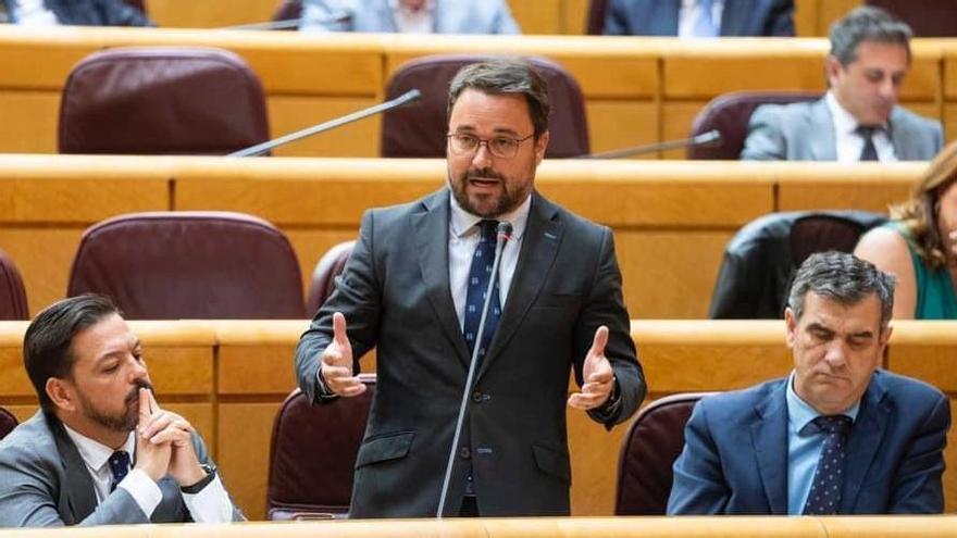 """Antona: """"El Gobierno de España sigue improvisando en la respuesta migratoria a Canarias"""""""