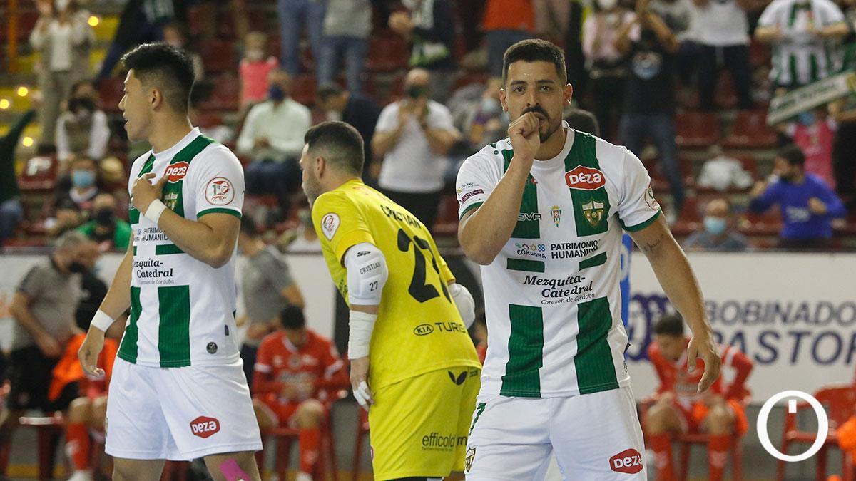 Jesús Rodríguez celebrando uno de los goles del Córdoba Patrimonio