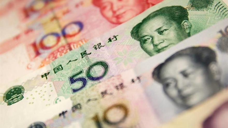 China critica la rebaja de S&P de la calificación de su deuda soberana