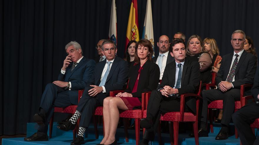 Bancada de concejales en el pleno de constitución de la Corporación municipal de Santander. | JOAQUÍN GÓMEZ SASTRE