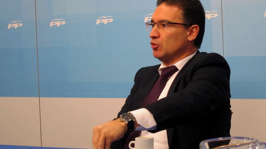 "PPCV critica que Rubalcaba acuda a Valencia a ""politizar"" la tragedia del metro"