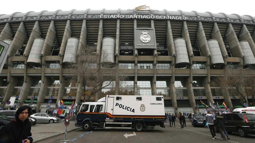 Cerca de 1.800 efectivos velarán por la seguridad en el Real Madrid-Bayern