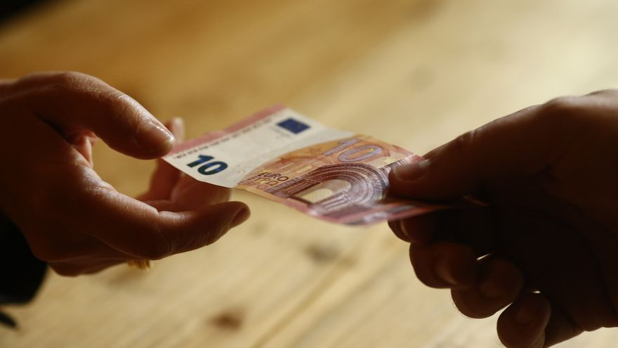 "Consumidores de Cantabria difunde quince consejos para un ""consumo responsable"" en Navidad"