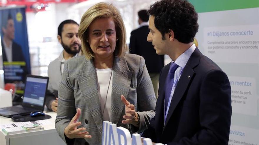Báñez destaca que España es el país de la OCDE que baja el paro a mayor ritmo