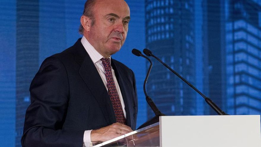 De Guindos: Cataluña seguirá siendo parte de España y de la Unión Europea