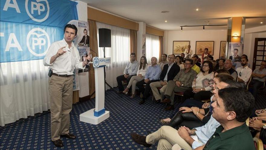 Soria cree que el paro no bajará en Canarias sin más inversión en la industria