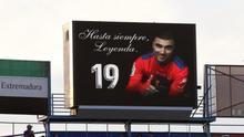 Homenaje en el minuto 19 al recuerdo de José Antonio Reyes, durante el último partido de liga de segunda, Extremadura UD -RCD Mallorca, la pasada temporada.