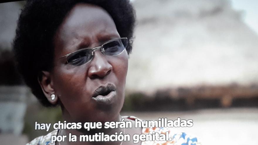 "Fotograma del documental ""Las niñas de la tierra"""