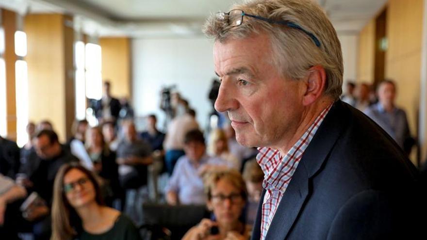 Ryanair reitera que mantendrá los contratos irlandeses para su personal en Europa