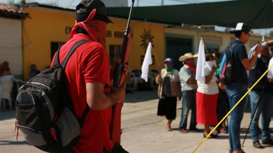 Liberan a la madre del líder de un grupo criminal mexicano en un intercambio con otro rehén