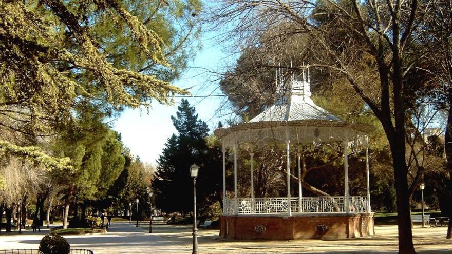 Kiosco del parque de la Concordia en Guadalajara, obra de Fernando Checa Perea