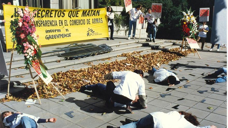 Acto de las organizaciones para denunciar las violaciones de derechos humanos que se producen como consecuencia de la falta de control en el comercio de armas