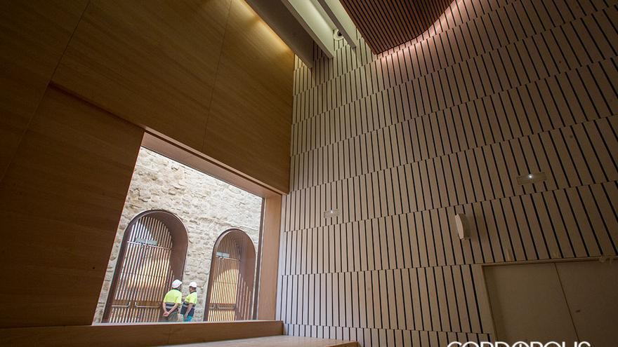 Interior del Palacio de Congresos de la calle Torrijos | MADERO CUBERO