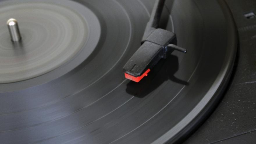 La empresa GZ es líder del mercado y producirá 25 millones de discos, un 40% más de vinilos que el año anterior.