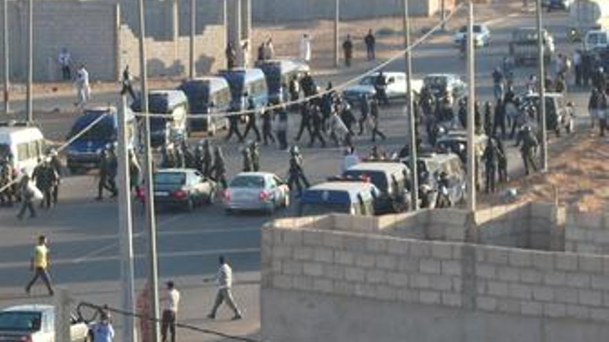 Gendarmería marroquí en el Aáiun