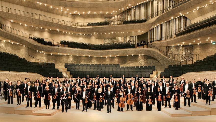 Foto oficial de la Orquesta Filarmónica de Hamburgo, que este sábado ofrecerá una audición en el Auditorio de Tenerife