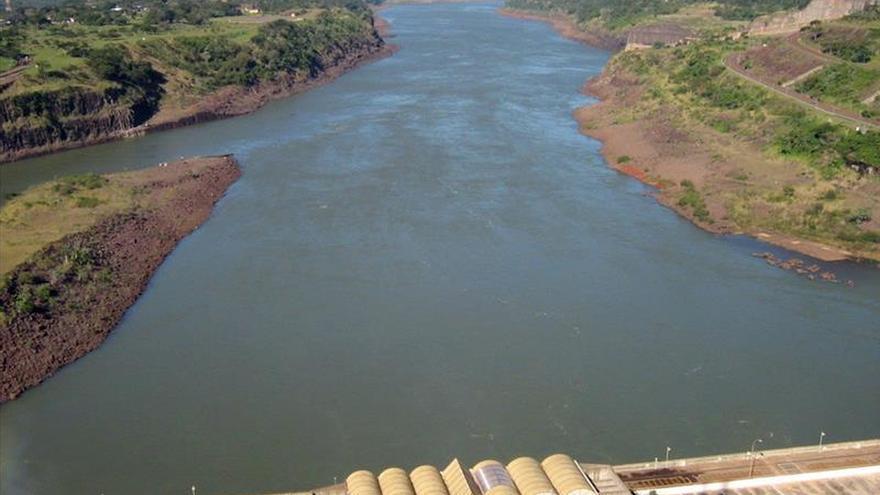 """La represa de Itaipú alcanzará el jueves """"hito mundial"""" en energía acumulada"""