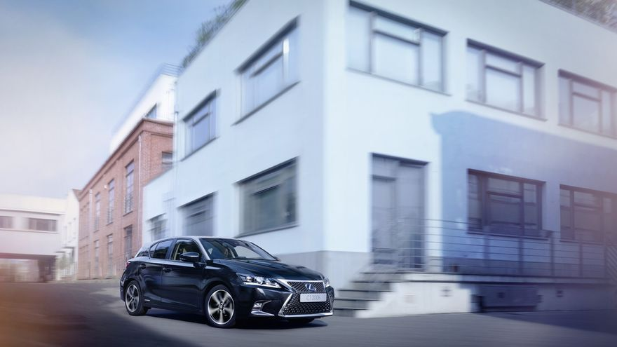 Lexus CT Black & Grey Edition.