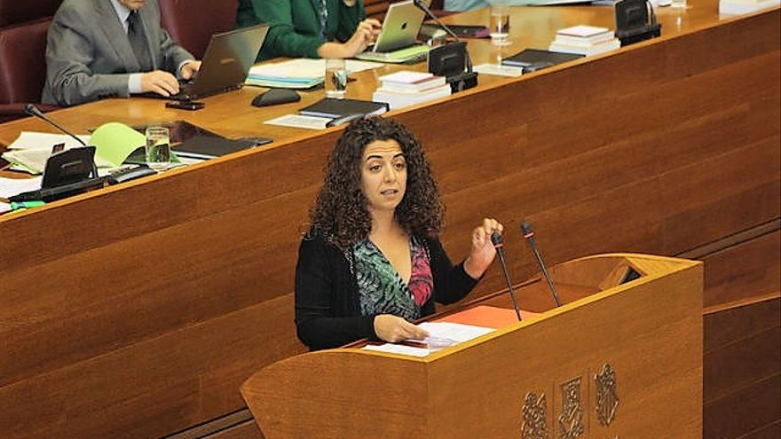 La diputada socialista Ana Besalduch en las Corts