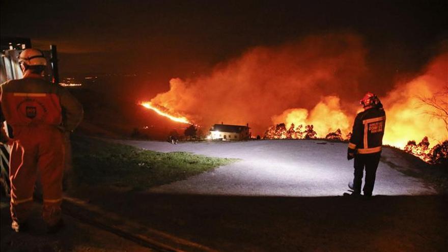 Declarado un incendio en el monte Igeldo entre San Sebastián y Orio