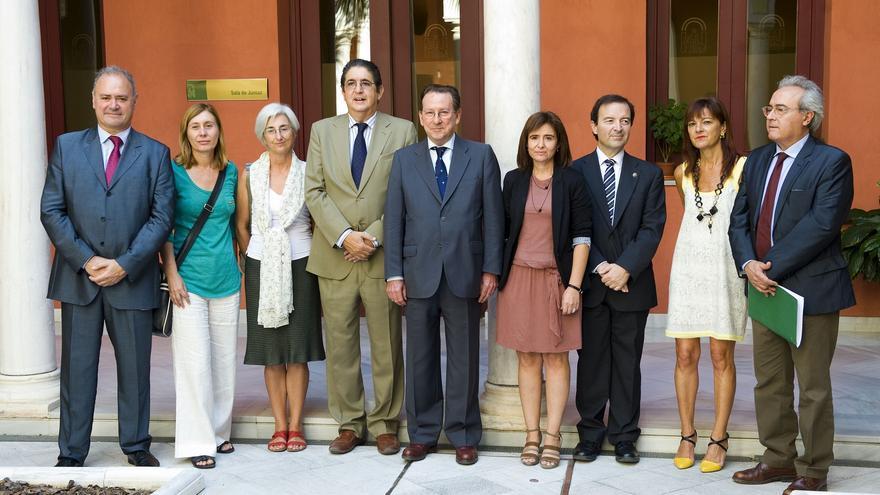 Integrantes de la mesa de trabajo entre la Administración andaluza, el Ministerio Fiscal y representantes de los letrados sevillanos / Consejería de Justicia