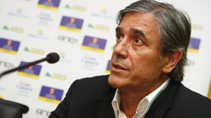 Berdi Perez durante una rueda de prensa