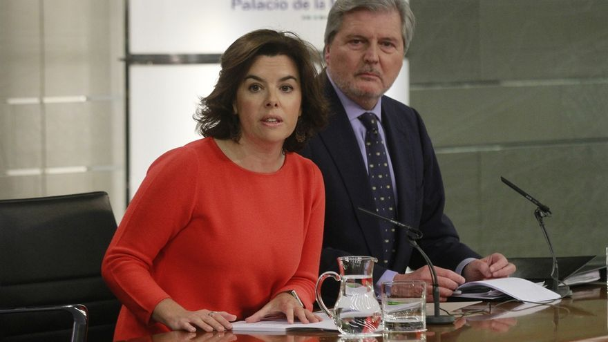 El Gobierno emplaza a Puigdemont a defender en el Congreso su propuesta de referéndum