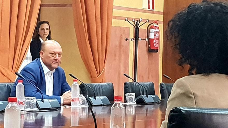 El socialista Antonio Pradas, ex diputado, se somete a la comisión de nombramientos del Parlamento andaluz.