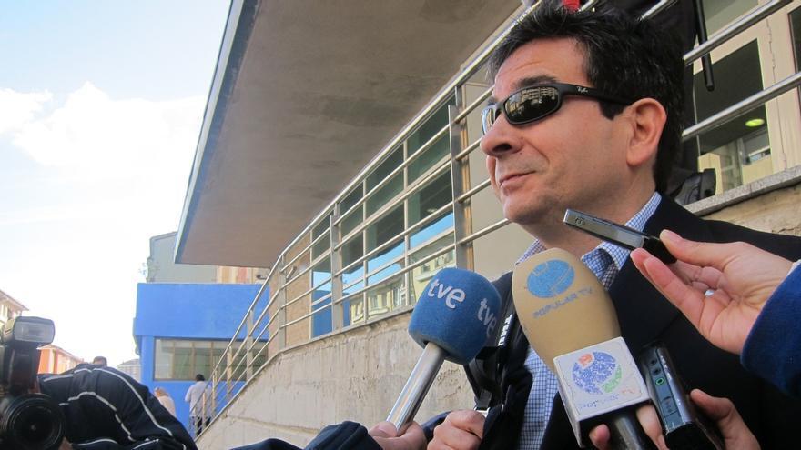 """El alcalde de Astillero dice que su relato ha sido """"clarificador"""" para """"desmontar este despropósito"""""""