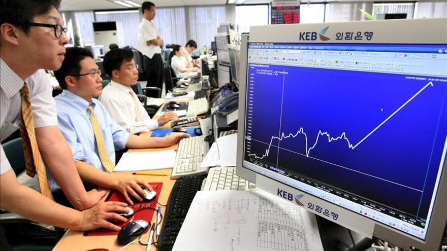 El IPC surcoreano sube un 1 % en noviembre, el mayor avance en un año