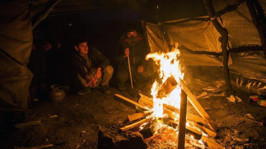 ACNUR denuncia las condiciones de los niños en los campamentos de Calais y Dunkerque