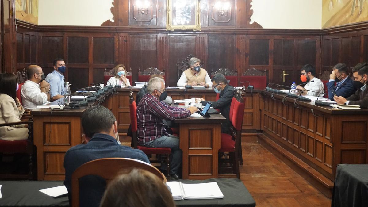 Pleno del Ayuntamiento de Los Llanos de Aridane celebrado este jueves, 27 de mayo.