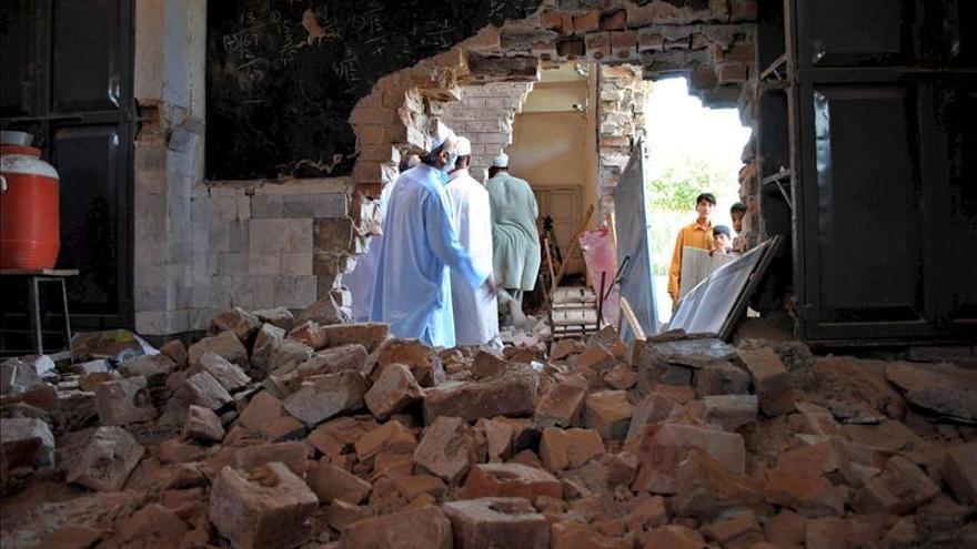 Un bombardeo del Ejército paquistaní mata a una veintena de insurgentes