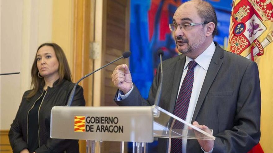 Lambán pide a los partidos altura de miras ante las incertidumbres de la nación