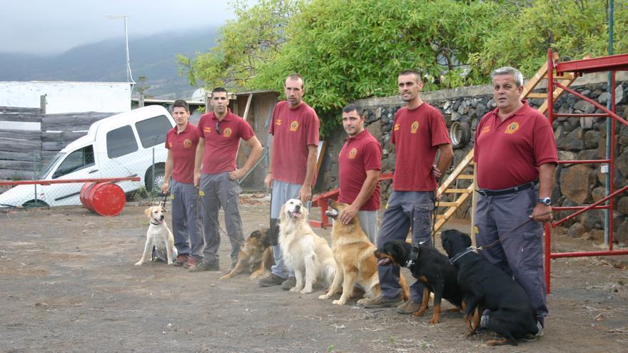 La Unidad Canina de Rescate y Emergencia de La Palma. (M. Partida)
