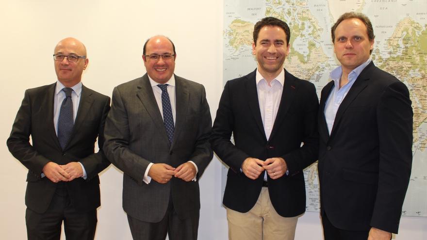 Carrillo (consejero de Hacienda), Sánchez (presidente murciano), García (candidato del PP por Murcia) y Lacalle