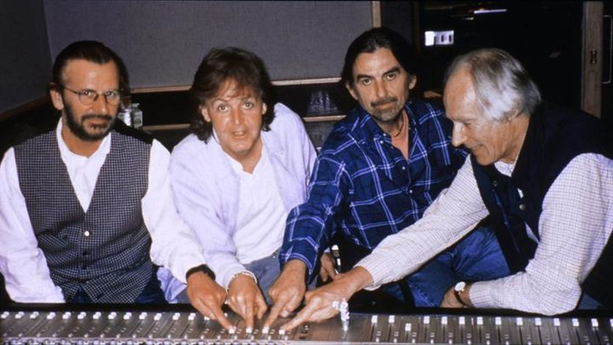 Muere George Martin, el exproductor de los Beatles