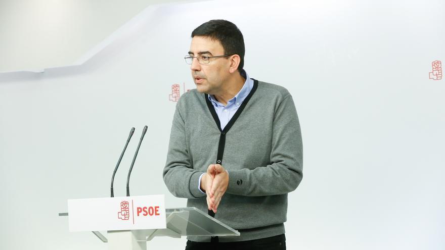 """El portavoz de la Gestora del PSOE destaca la """"serenidad y responsabilidad"""" de Chacón en la cuestión de Cataluña"""